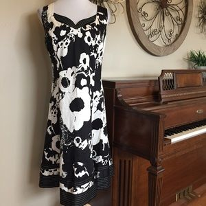 Jones New York 16W Black & White Dress